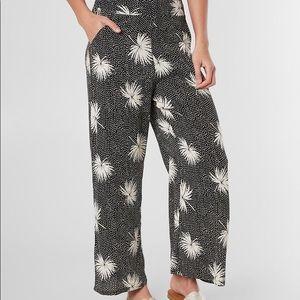 Billabong NWT wide leg palm leaf pants